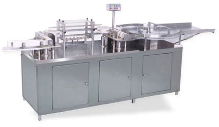 manufacturer, supplier, exporter of Vacuum cleaning machine in Ahmedabad, India
